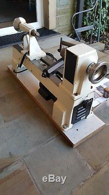 Axminster APTC M330 variable speed wood turning lathe with Chuck etc