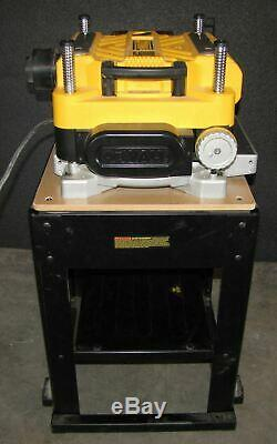 DEWALT DW735 13 THICKNESS PLANER 201219-CT 267278 With STAND (#2817)