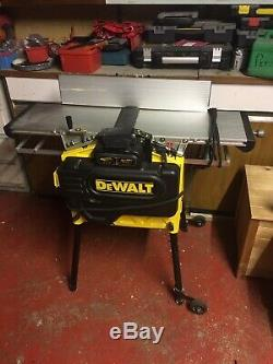 DeWalt D27300 Stationary Planer Thicknesser