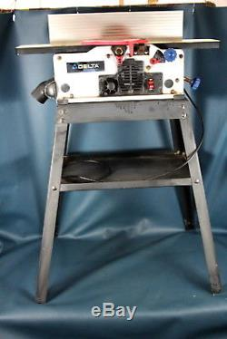 Delta JT160 6 Variable Speed Bench Jointer 6,000-11,000 RPM 120v bundle w Stand