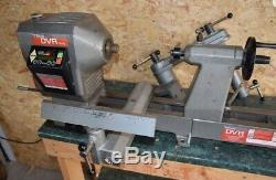 Nova Dvr-3000 Wood Turning Lathe Plus Extras Chisels bench