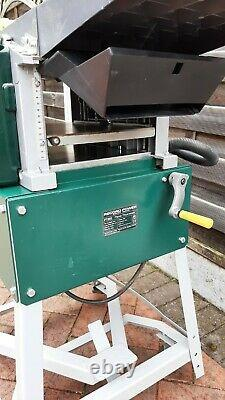 Record Power PT260 planer thicknesser. 2.0kW motor + 50 litre extractor unit