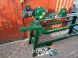 Record Power wood turning Lathe with stand