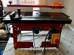 UJK Technology router table, cast itron top with Makita RP1110C 240v Router