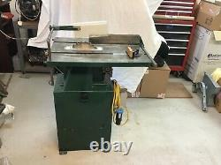 WILMAC BENCH SAW in good condition with cast iron table 240v